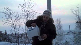 Adding food coloring to boiling water in -30C - Yellowknife, NT Canada