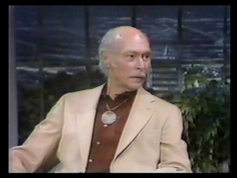 lee van cleef on Johnny Carson (Legendas)