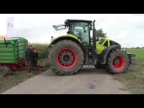 Dev Traktorler Camurda Kalma