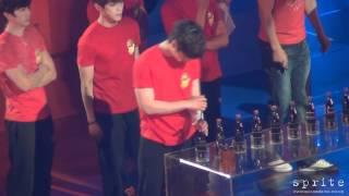 [fancam]Chansung(2PM)用湯匙開瓶蓋!大勝!XDD-120508-