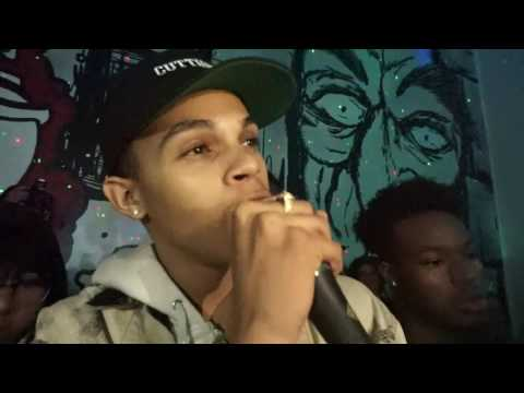 DSAVAGE I KNOW II AND LIT FT.GROWNBOITRAP LIVE