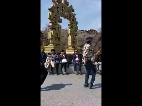 Cute Chinese Girl with Grandpa who dances Amazingly Well | Shanghai dancing girl vs Grandpa