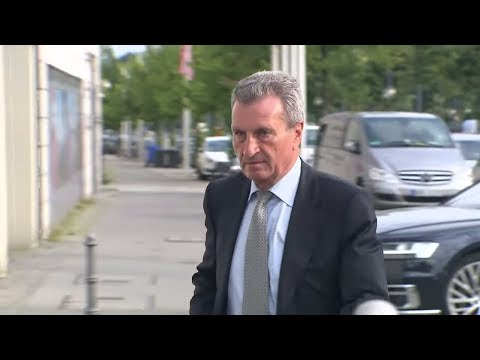 EFFIZIENTERE POLITIK: Oettinger fordert deutsche Regierung zum Umzug nach Brüssel auf