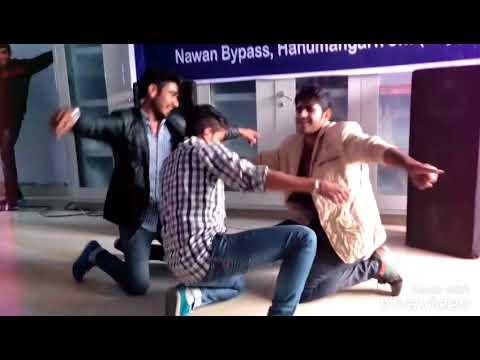Bhilwara Milgi Re ,,,anu Milgi Re,,,,song In Collage Party/// Hostel Boys