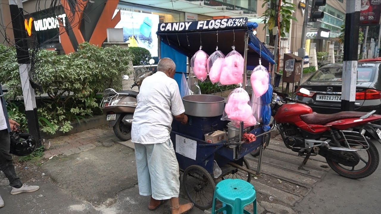 Hardworking Grandpa Sale Live Candy Floss For Survive | Indian Street Food