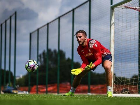 Stoke City Goalkeepers Training | Pre-Season 2016