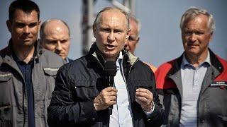 Umstrittene Brücke zwischen Russland und annektierter Krim eröffnet