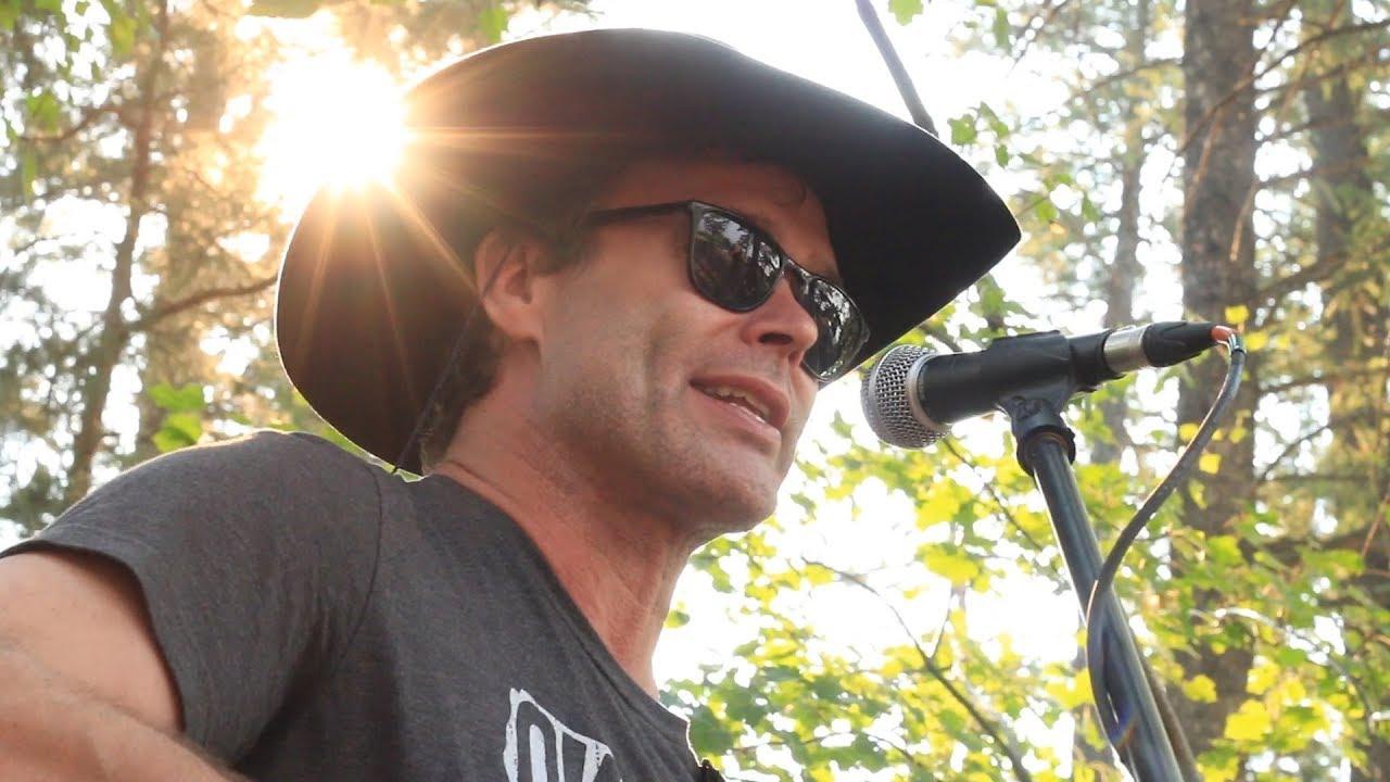 Corb Lund - Five Dollar Bill (Creekside Sessions)