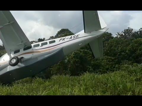 Pesawat Tergelincir di Bandara Kasonaweja, 7 Orang Penumpang Selamat Mp3