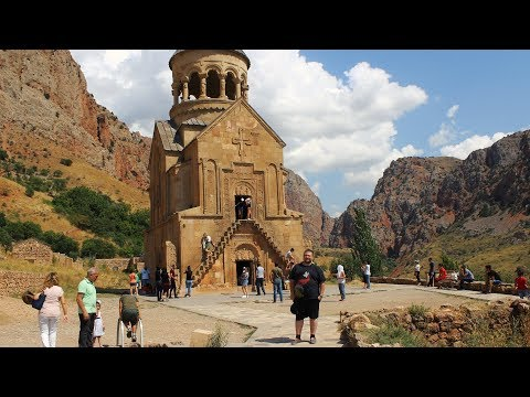 Реальный Ереван, серия 2 из 4: Нораванк, музей Геноцида, Зоопарк, Гарни