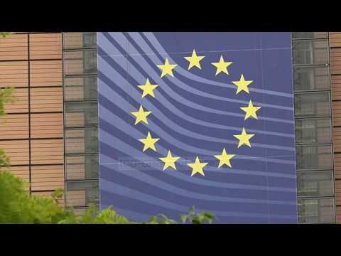 KE rekomandon heqjen e vizave për Kosovën - Top Channel Albania - News - Lajme