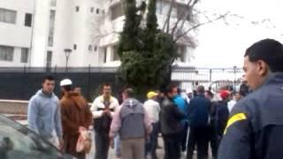 الشعب امام ولاية سيدى بلعباس يطالب با عودة اسواق التجارية با لكبور
