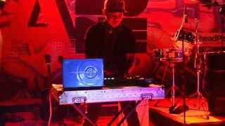 DJ DONAL LIVE perform dlm acara A ZONE di kota pinrang..... GEMPAR