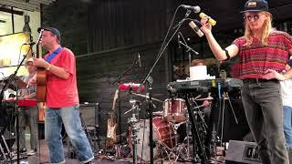 Mac DeMarco - Finally Alone (live)