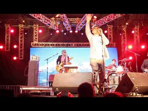 Cake - The Distance - Live at Indiefest 2013 San Diego - YouTube