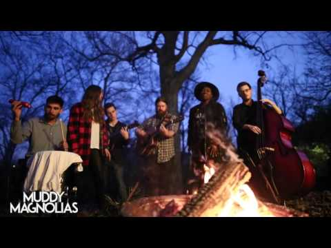 Riverside Fireside // Muddy Magnolias
