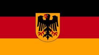 Grosser Zapfenstreich Der Bundeswehr  Musikkorps 4 .wmv