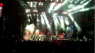 Motley Crue - Kick Start My Heart - Live in Adelaide 2013 encore finale