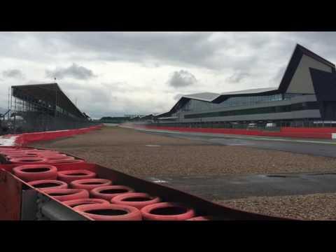 F1 Silverstone 2016 Pure Sound and Pit Walk Plus Porsche Cup, GP2 & F1 Comparison