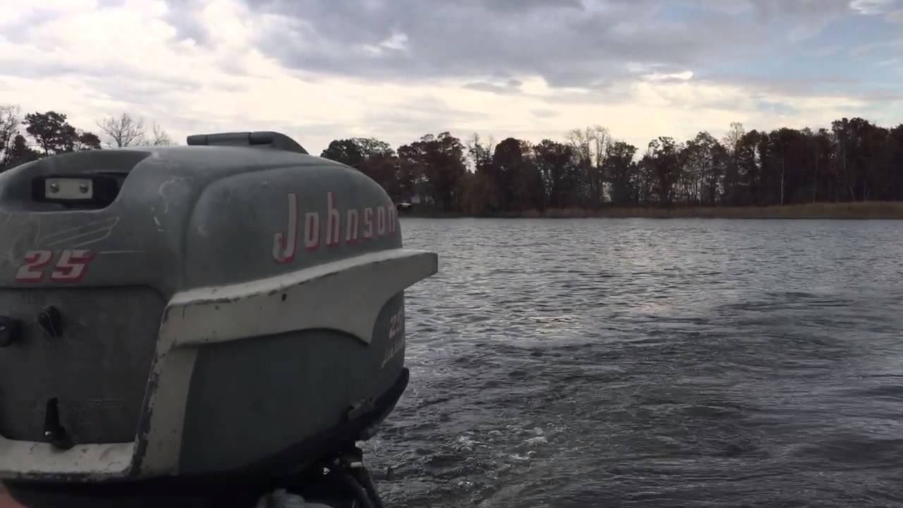 1955 johnson 25hp outboard motor doovi for Johnson marine italia