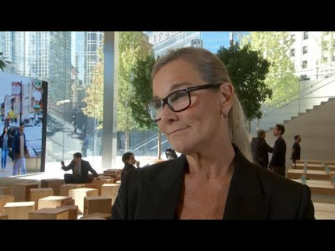 Outgoing Apple retail chief Angela Ahrendts on retail environment in 2007