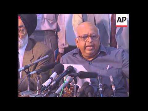 INDIA: KASHMIR: POLITICAL CRISIS  INTENSIFIES