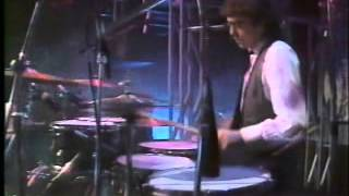 REM live on The Tube 18 Nov 1983