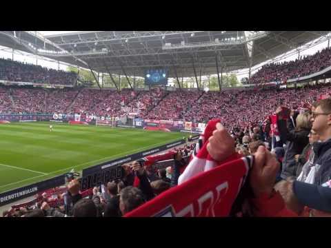 RB Leipzig gegen FC Ingolstadt - Spielereinlauf in die Red Bull Arena Leipzig