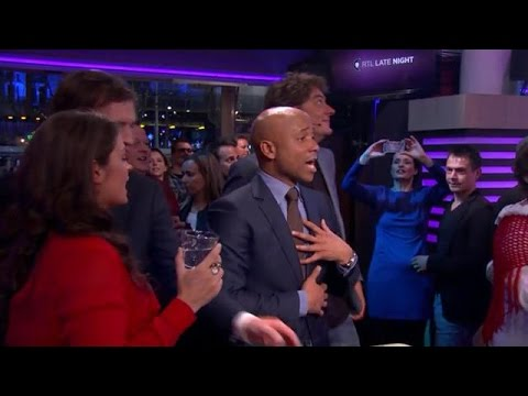 Heerlijk genieten van hits uit de Jordaan - RTL LATE NIGHT
