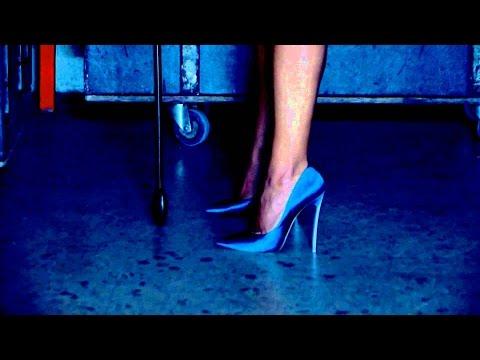 Κατερίνα Στικούδη - Η Μουσική Μου | Katerina Stikoudi - I Mousiki Mou - official video clip
