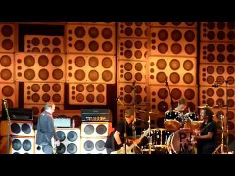 Pearl Jam - Main Square Festival, Arras, 06.30.2012