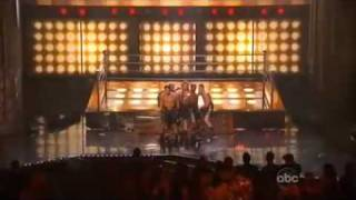 Jennifer Lopez - Louboutins ótima qualidade