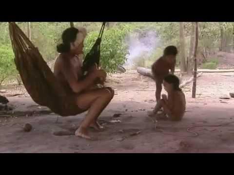 Melihat Kehidupan Suku Pedalaman