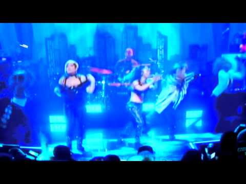 TLC Live At Beacon Theater In Manhattan New York