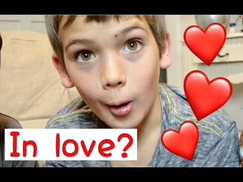 HE'S IN LOVE! || LOVABLE HATCHIMALS MOMENTS