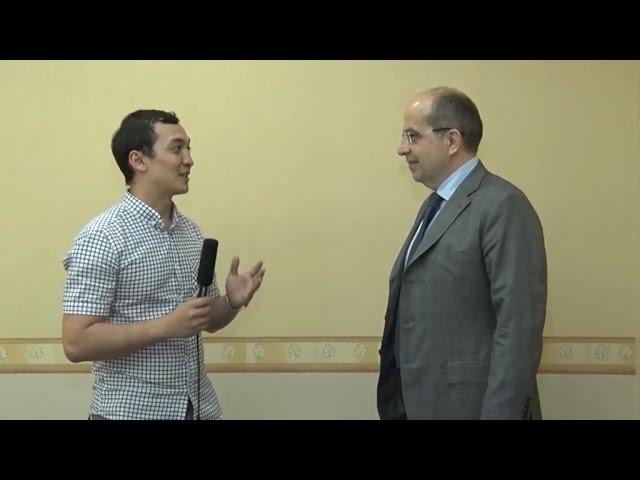 Первые кадры интервью с Игорем Манном