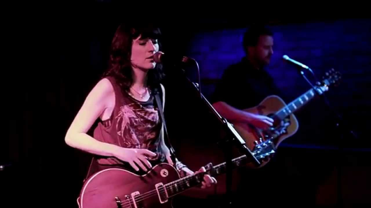 paper-aeroplanes-red-rover-live-in-cologne-paper-aeroplanes-official