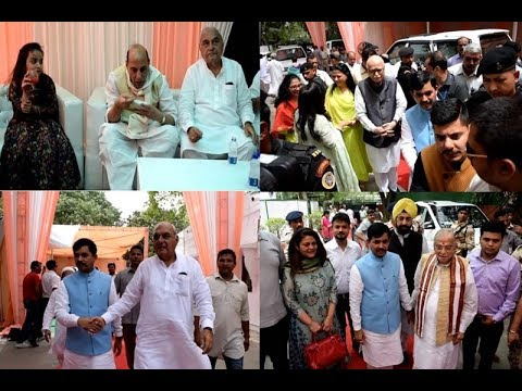 Grand Eid celebrations at BJP leader Shahnawaz Hussain's residence in Delhi |  Rajnath Singh, Advani