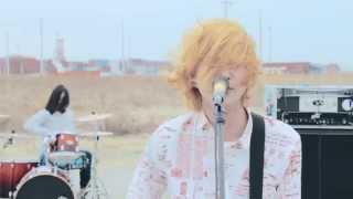 TRUST RECORDS所属 3ピースメロディックパンクバンド EVERLONG 2015年4...