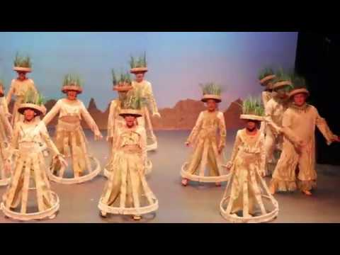 The Lion King Musical 2015 Grasslands Chant Youtube