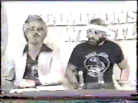 1981 SWI Knoxville Kevin Sullivan Cuts Terry Taylor's Hair