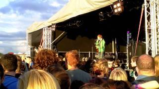 Ed Sheeran - The City (live @ cloud 9 festival 2011)