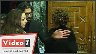 أنغام وكندة علوش وأسر ياسين بعزاء الراحل علاء الديب