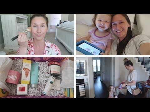 DAY IN THE LIFE VLOG 2019\\MOM LIFE, GET READY WITH ME, MY 1ST FABFITFUN BOX!