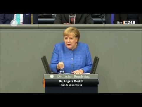 Меркель сошла с ума: ХОЧУ БОЛЬШЕ БЕЖЕНЦЕВ!