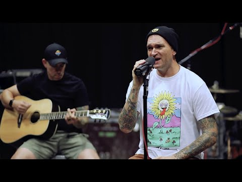 "New Found Glory - ""Don't Let Her Pull You Down"" Acoustic Performance"