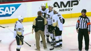 Gotta See It: Orpik leaves Maatta woozy with elbow to the face