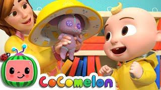 Yes Yes Dress for the Rain | CoComelon Nursery Rhymes & Kids Songs