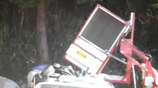 乗用茶刈り機からコンテナ車へ