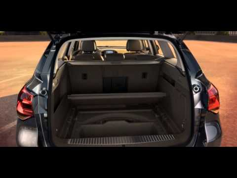 opel astra j sports tourer easyaccess in practice youtube. Black Bedroom Furniture Sets. Home Design Ideas